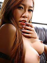 minny fong 16 sexy lingerie tight pussy