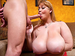 Samantha 38G & Michael Vegas in Fucking Hot Moms