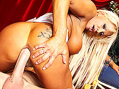 Brazzers Videos Fun at the Opera